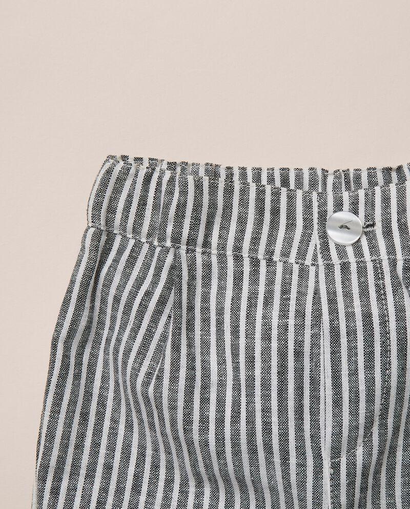 Pantaloni corti a righe in misto lino tinto filo MADE IN ITALY single tile 1