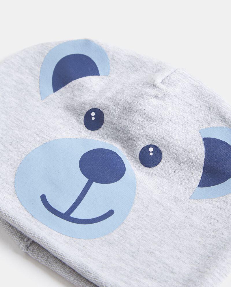 Cappellino con disegno orsetto neonato