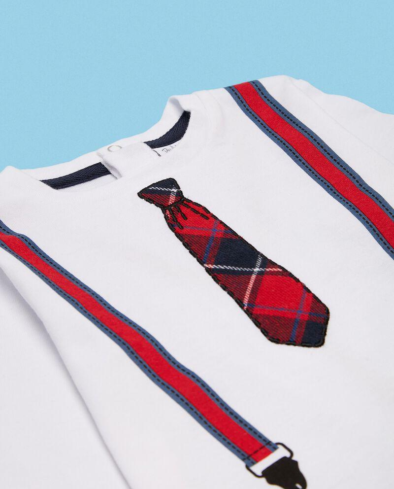 Maglia in puro cotone biologico con stampa bretelle e cravatta neonato single tile 1