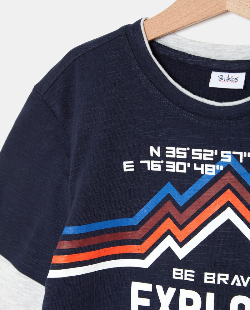 T-shirt con maniche a contrasto ragazzo