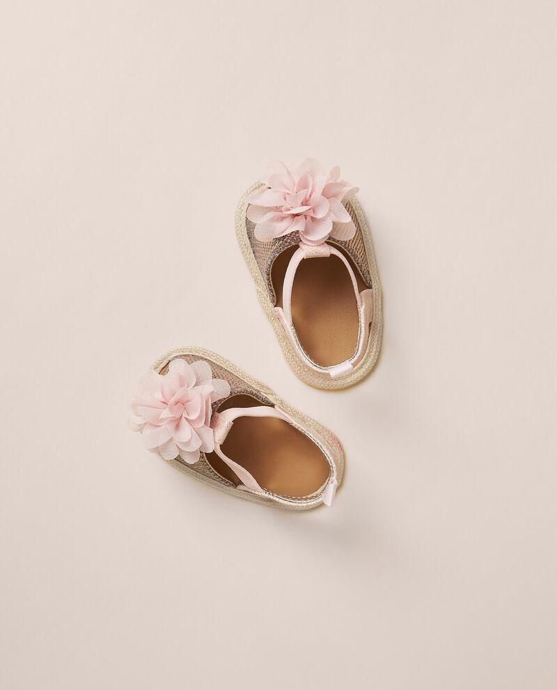 Sandali con fiori applicati cover