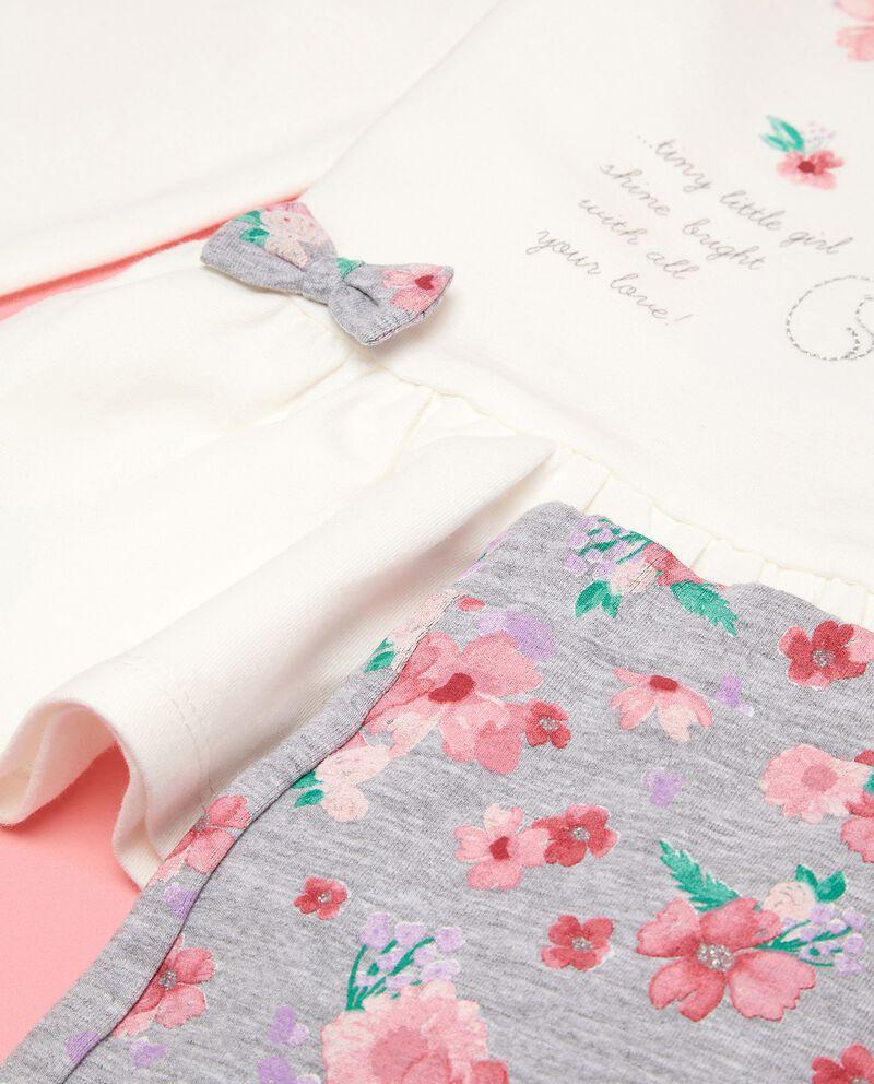 Completino maglia con stampa e pantaloni in fantasia neonata