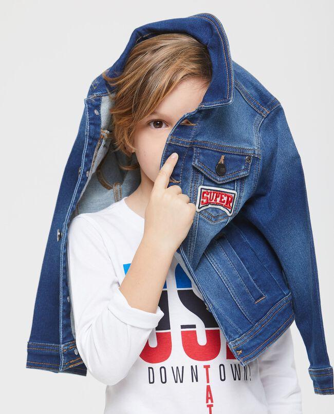 Giubbino di jeans con colletto classico