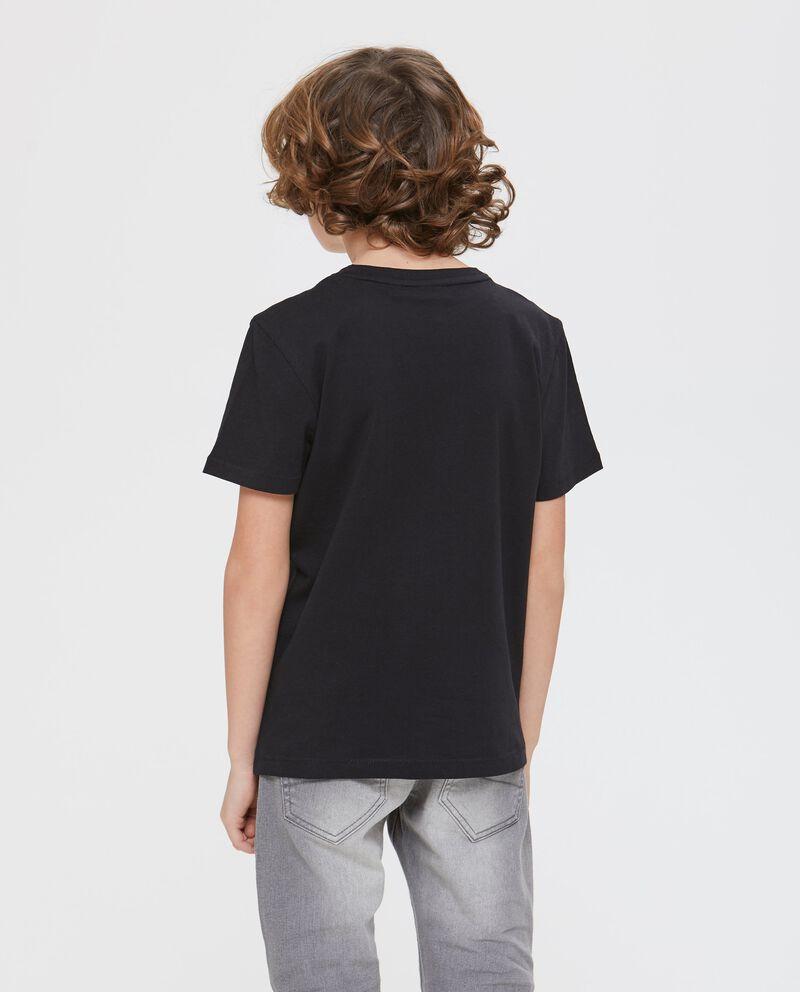 T-shirt nera a maniche corte con stampa