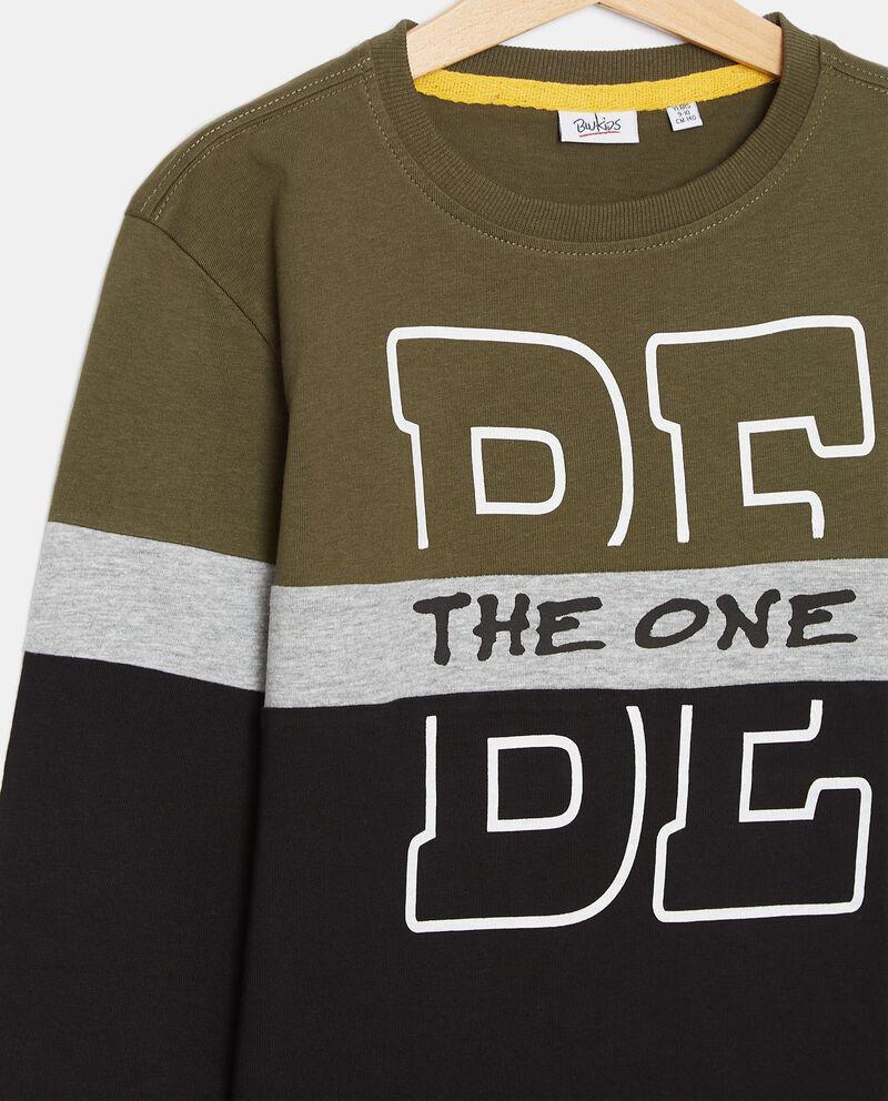 T-shirt in cotone organico jersey con stampa ragazzodouble bordered 1