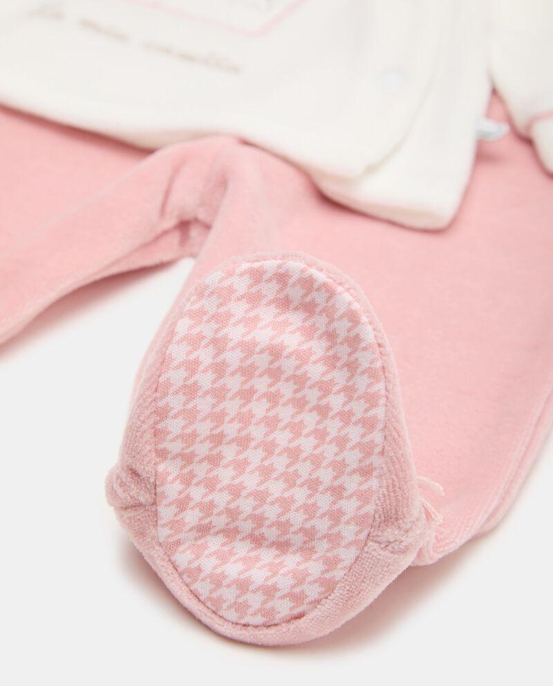 Completino in cotone biologico con maglia e pantaloni single tile 1