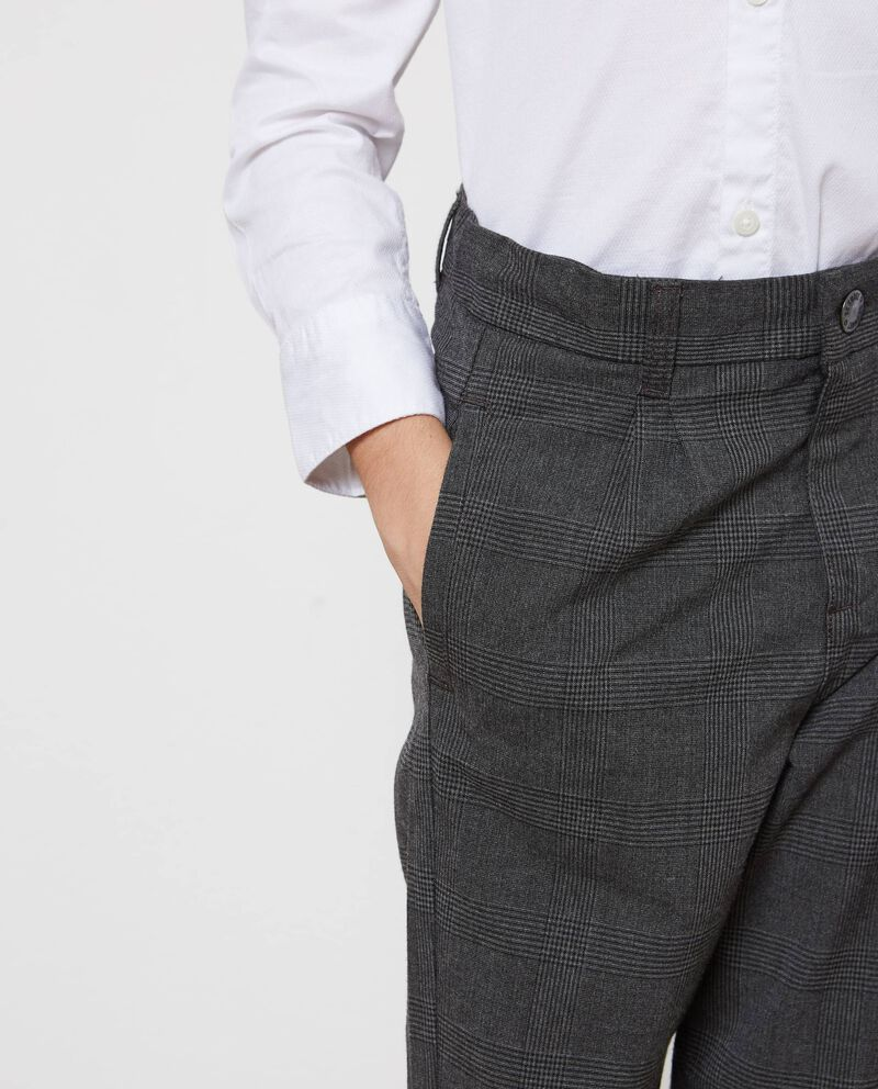 Pantaloni stretch a quadri