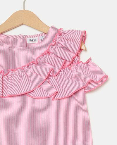 Blusa bambina con motivo a righe e volant in puro cotone