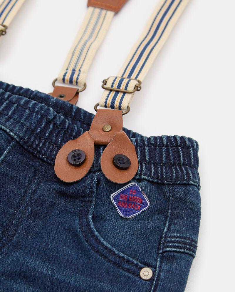 Pantalone in denim con bretelle neonato single tile 1