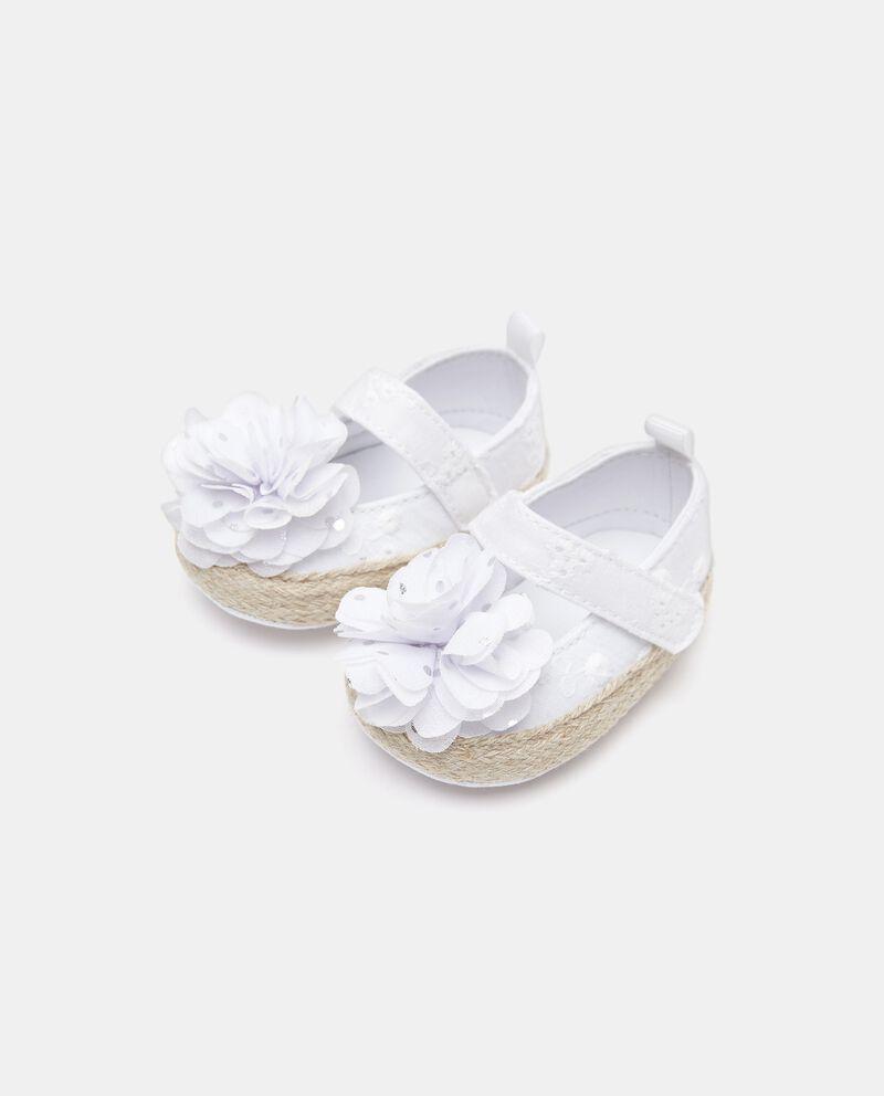 Scarpetta in sangallo neonata