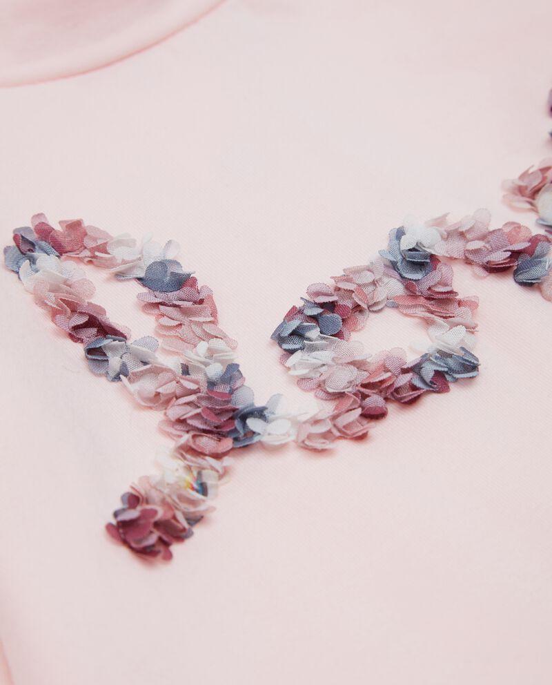 T-shirt con lettering in fiori neonata