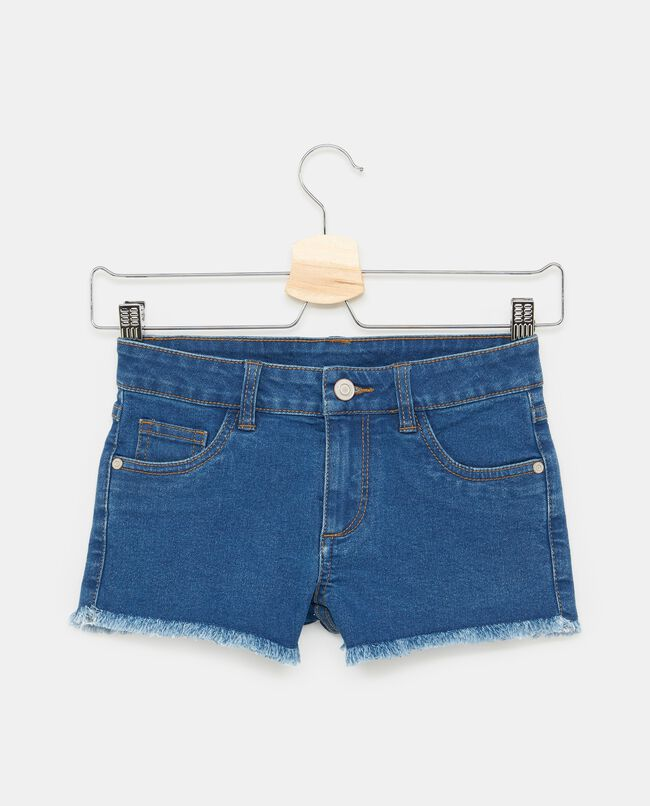 Shorts in denim tasche orlo sfrangiato